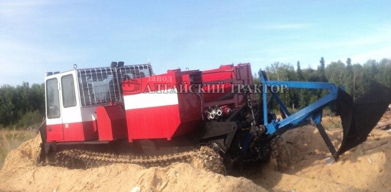 Лесопожарный трактор ЛТ-4М